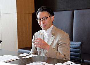アマン東京 チーフコンシェルジュ オザキ カレンさん